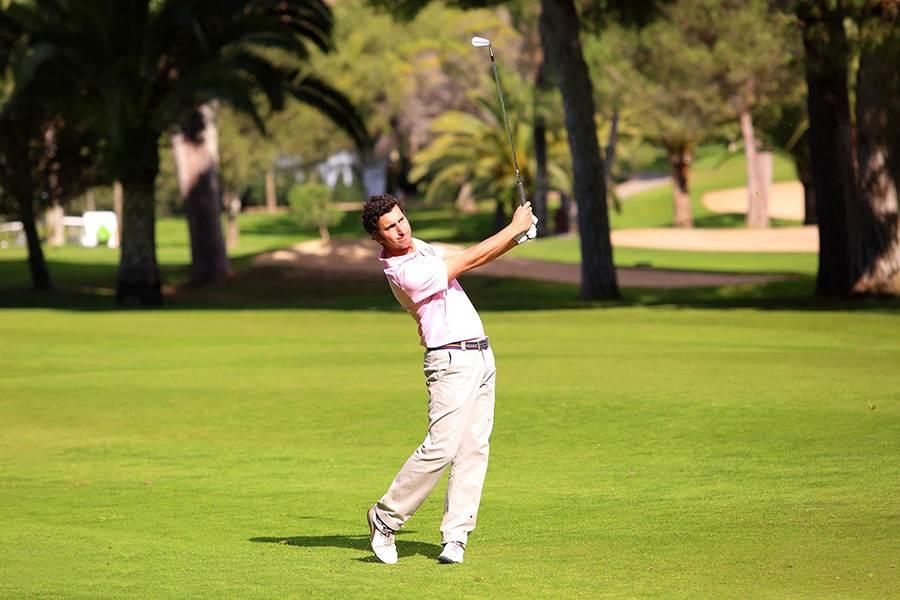 Urbano Jiménez, joueur de golf sponsorisé par Novogreen Gazon Naturel